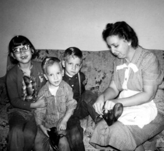 Edith, Beth, John, and Charles Holderread, 1962