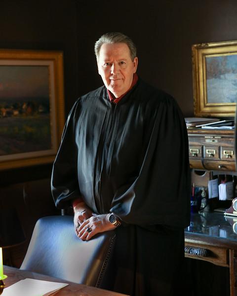 Judge Howard 2016_1L5A1293