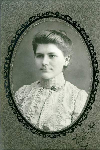 Stella Wyer Knight