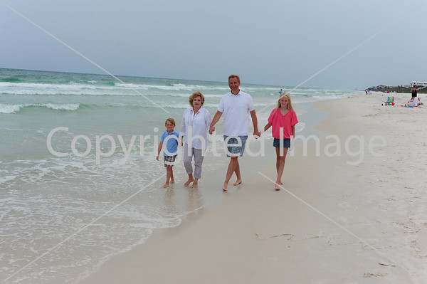 Huffman Family at the Beach 2015