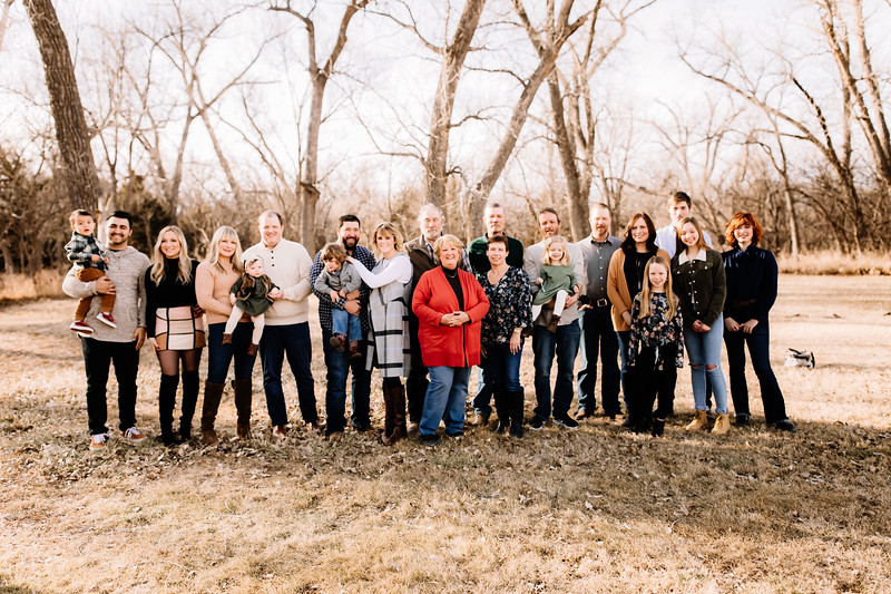 00009-©ADHPhotography2019--huss--family--December22
