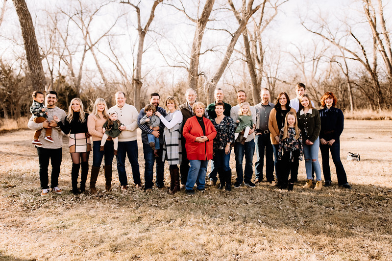 00006-©ADHPhotography2019--huss--family--December22