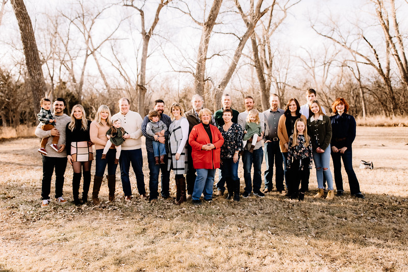 00012-©ADHPhotography2019--huss--family--December22