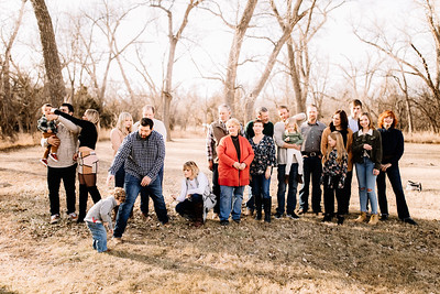 00001-©ADHPhotography2019--huss--family--December22