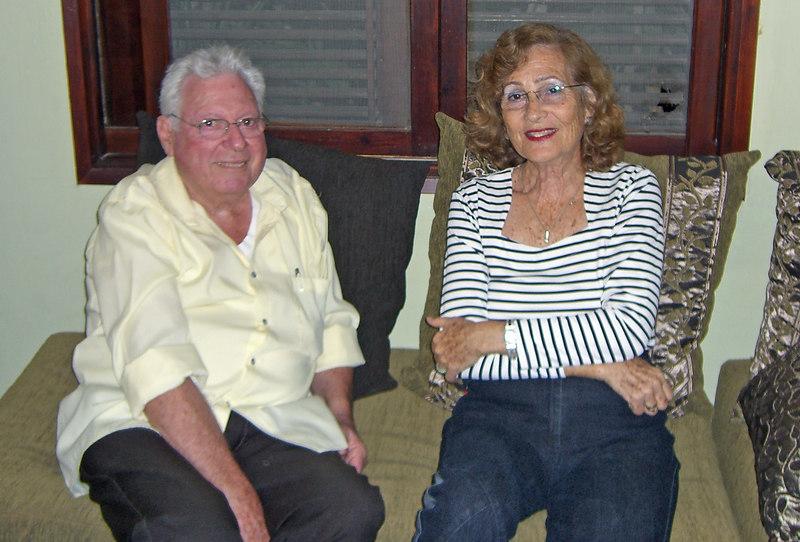 Abba Niv,Nira Cohen, in Kfar Netter, 20Oct06.