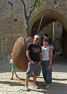 39-Two tourists in Jaffa, OCT 24