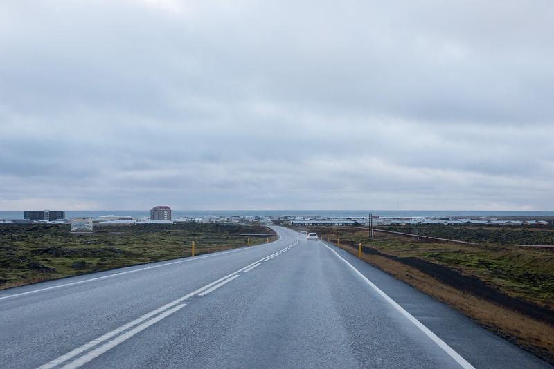Headed south on the Grindavikurvergur into Grindavik.