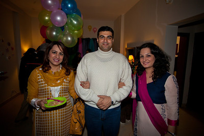 Suleiman with his sister in laws.