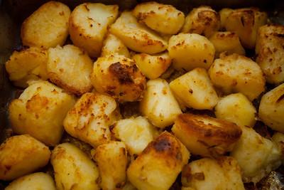 The potatotes after roasting.