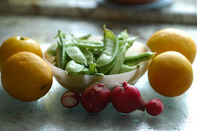 Fresh picked-lemons_snowpeas-radishes-1