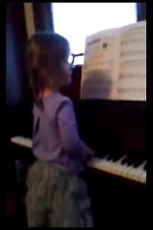 Izzie Piano