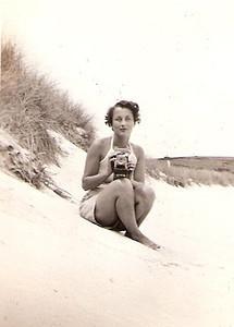 1-lil beach camera