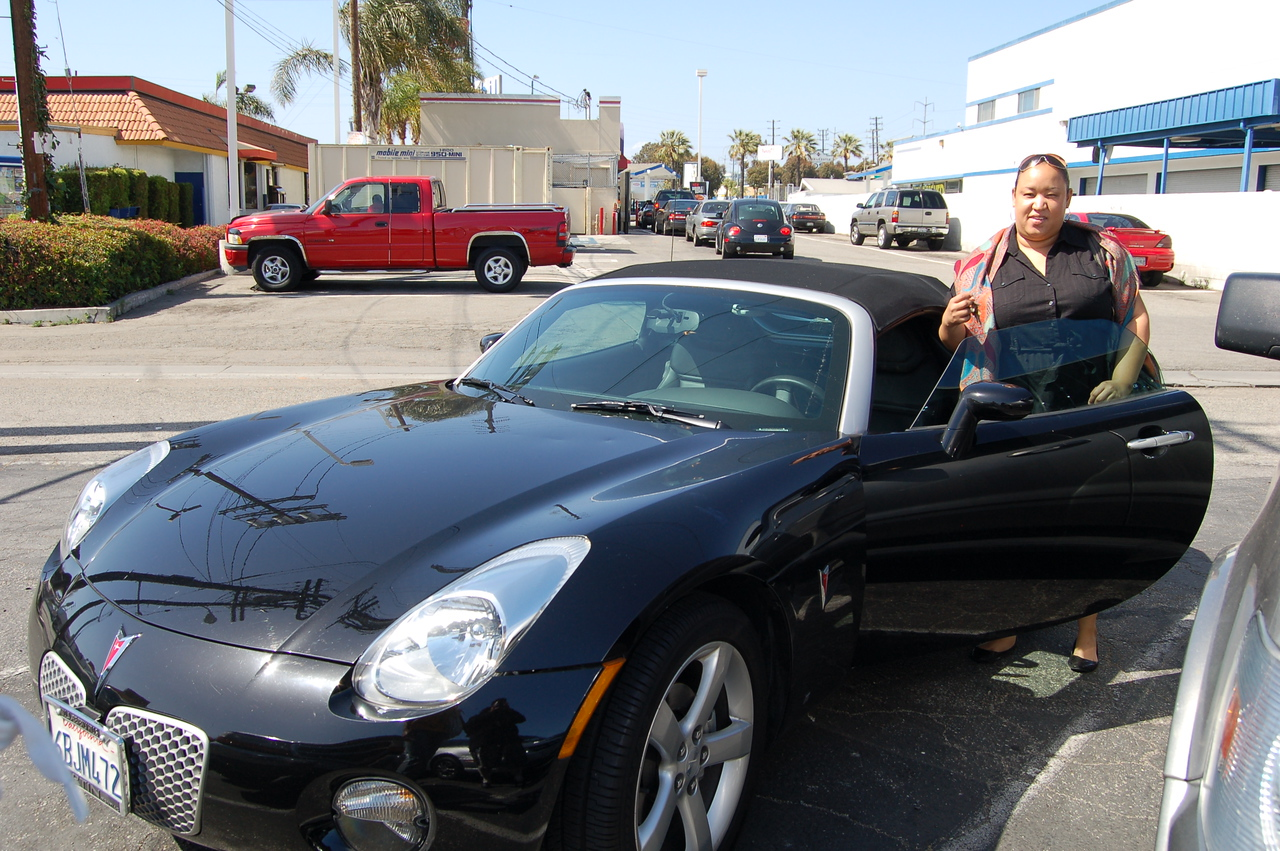 Ms. Karlyn with the drop top!   Now that's L.A. Stylin!