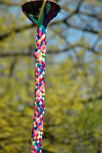 May Pole Weave