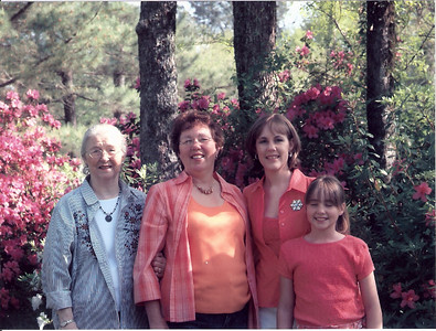 Dorothy Thaxton Family 2000s