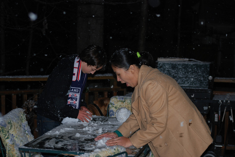 Kat''s first snow.  Ever!  Not much of that in the Philippines