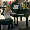 Recital Alexandra Cheerful Chihuahua
