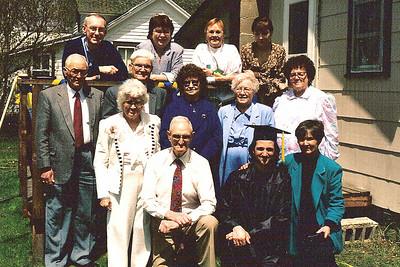 front: Gma & Gpa Voas, Jeff, Jo; middle: Cal Steen, Gpa Beatty, Fern Stein, Gma Beatty, Aunt ___; back: Larry, ________, Vadis, Lori Fuks
