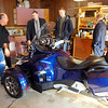 checking out John's 3-wheeler