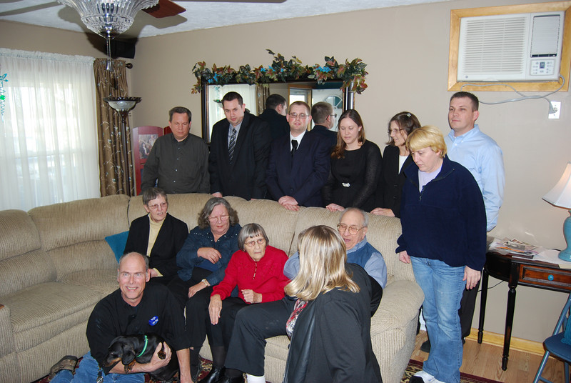 Back row: George Burnash(cousin)David, Bryan, April, Carol(sis)& her son & wife, Seated: Susie, Carol(aunt)Anna, Karl ,,,,floor: John & Linda