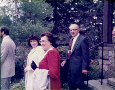 1982_Weddings_Grad0000516A