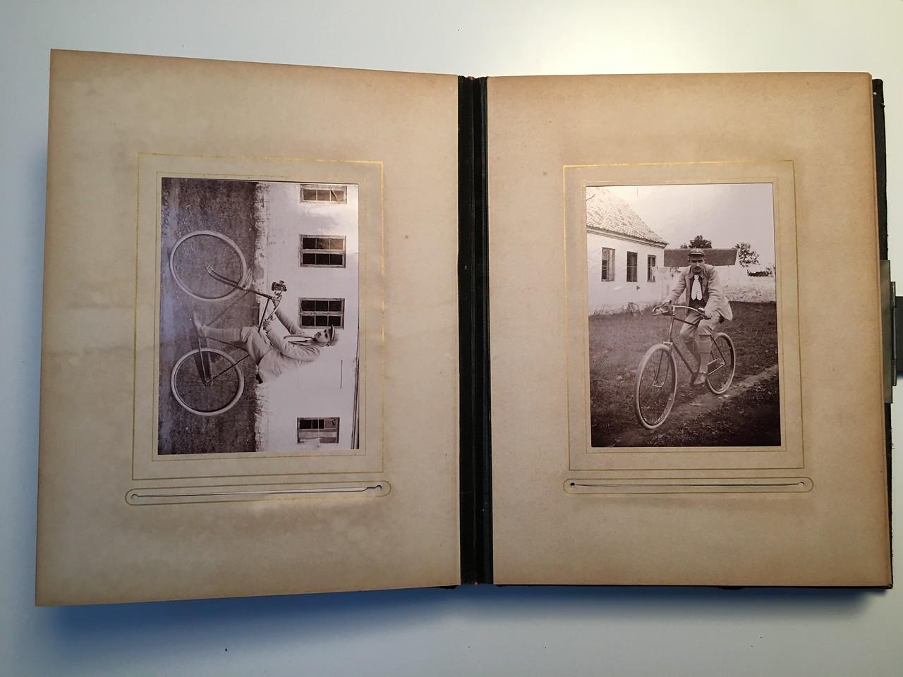 Johanne Hedemanns Album side 10 billede nr. 60 - 61