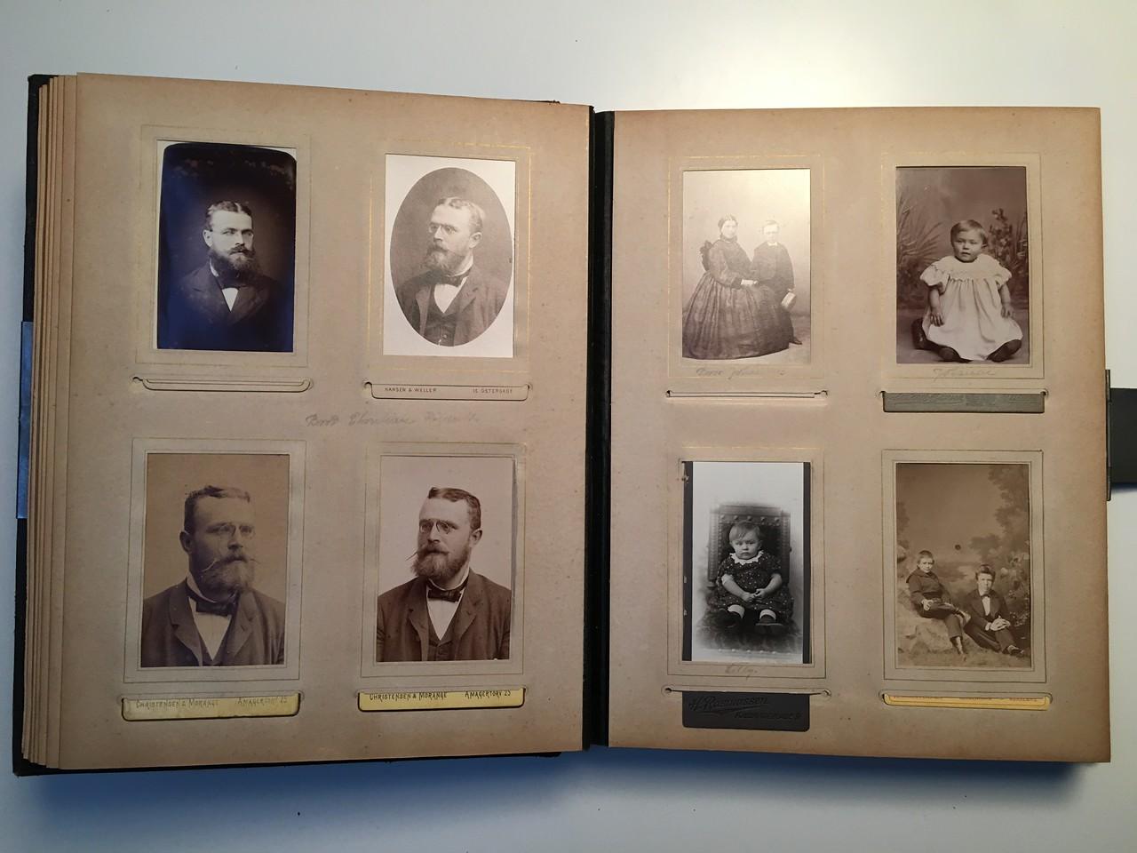 Johanne Hedemanns Album side 8 billede nr. 44 - 51