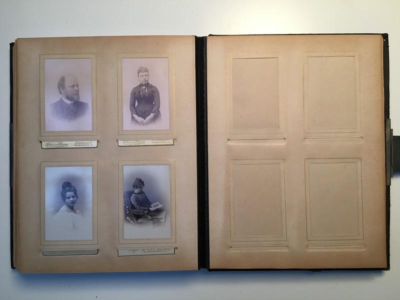 Johanne Hedemanns Album  side 16 billede nr. 90 - 93 (billedelommerne 94 - 99 er ubrugte)