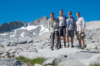 The gang at the top of Donahue Pass (our fifth day)