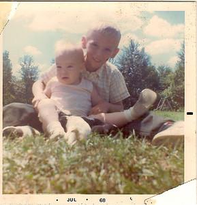 John 1o & Kyle 8 Months