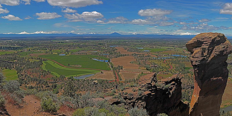 The view from the top of Smith Rock, with Monkey Face to the right.