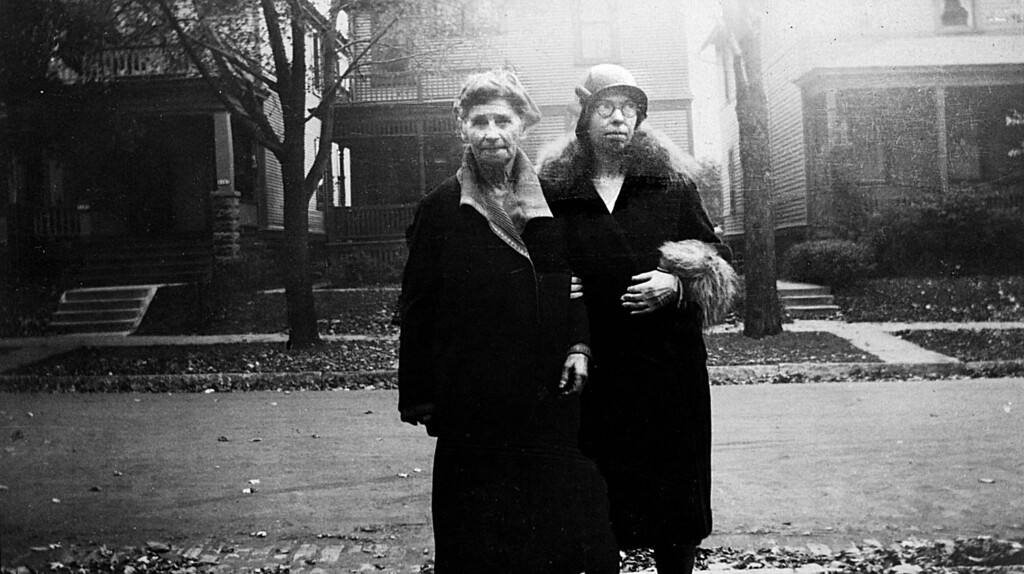 Mathilda and Alice Johnson.  Alice looks like she is checking out some hunk!  Date Oct 27, 1933