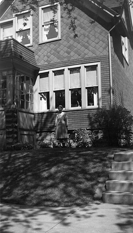 Alice Johnson at Aunt Hilma's house