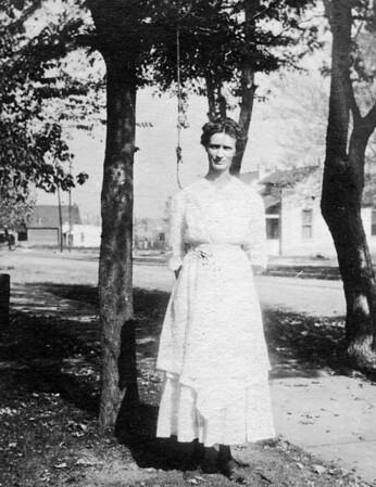 Clara Cole, Aunt Clara