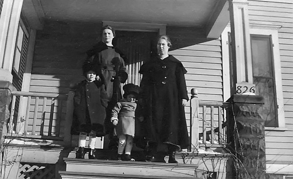 Florence Johnson, Unknown (Alice Johnson?), Eleanor and Ruth Johnson