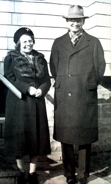 Gladys & Bill Johnston