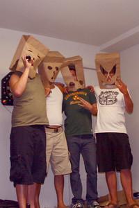 El cuatro (drunk) amigos!