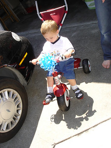 Lincoln's new bike.