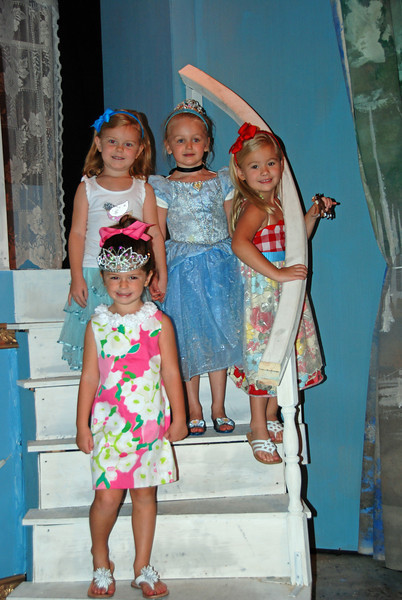 Hallie and several of her friends went and saw a Cinderella play with the mommies