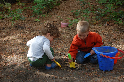 Kol and Henry digging in the dirt