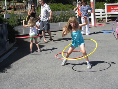 Sofia kept the hula hoop going for a long time