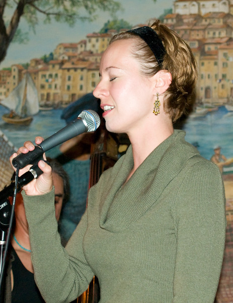 Kate sings at Caffe Trieste