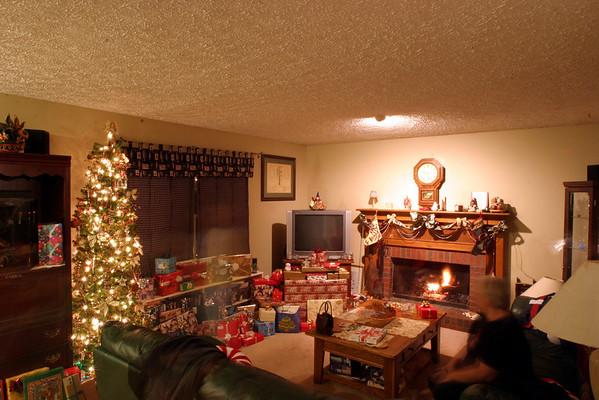2003 12.24 Christmas at the Martin Home