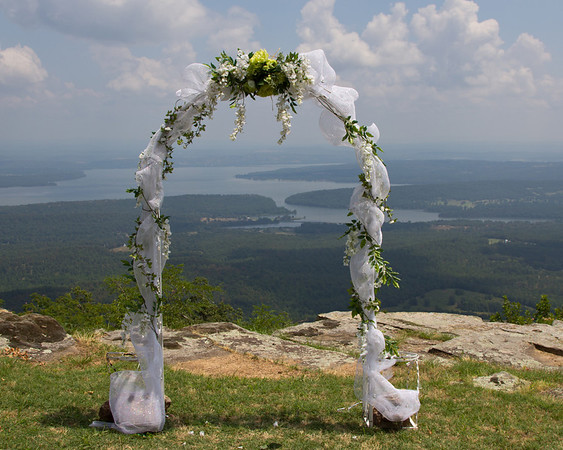 Arch overlooking the Arkansas River on Mt Nebo