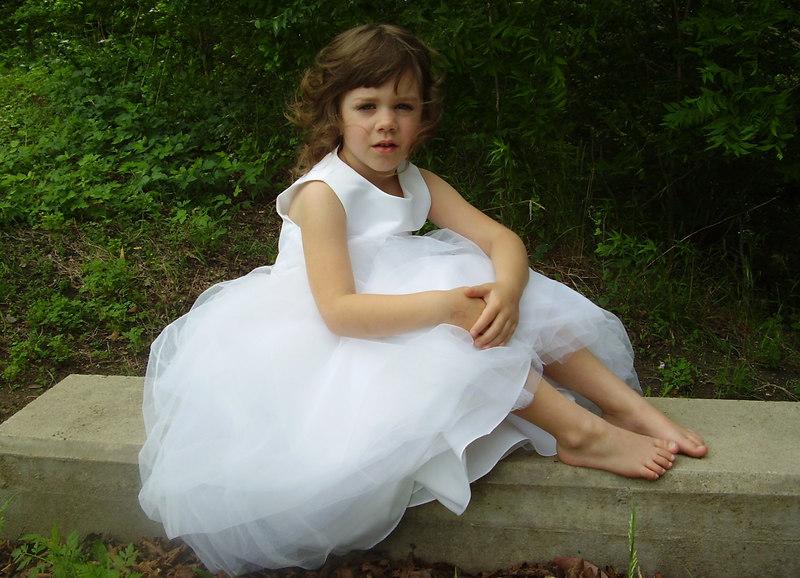 Jyllian Kate