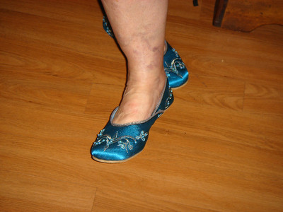 Mom's new Italy shoes!