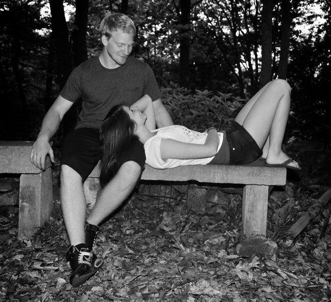 Alison and Sean photo shoot in nature