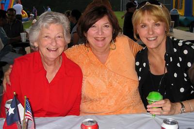 Memorial Day Fireworks at Sunnyvale Town Center Park - Lavenia Morgan, Paula Yates, and Debbie Geis