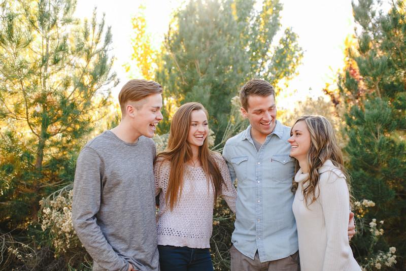 Waren Family-21