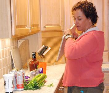 Kelly's aunt Lori makes Bloody Marys.